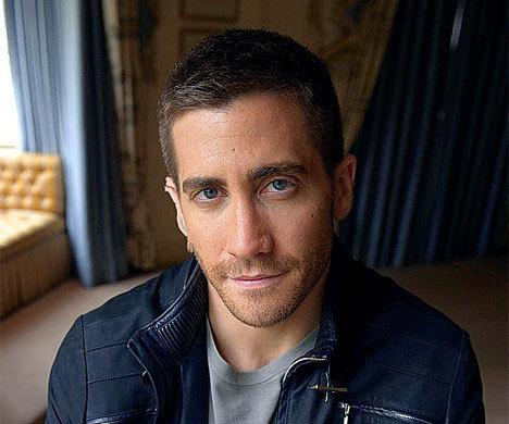 Jake Gyllenhaal wallpaper entitled Jake Gyllenhaal - Photoshoot 2010