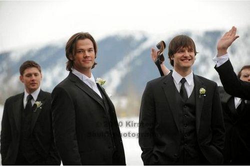 Jared Padalecki karatasi la kupamba ukuta called Jared's wedding