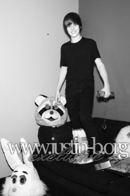 Justin Bieber NEW Interview Mag outatkes