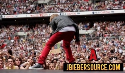 Justin Bieber performed at summertime ball