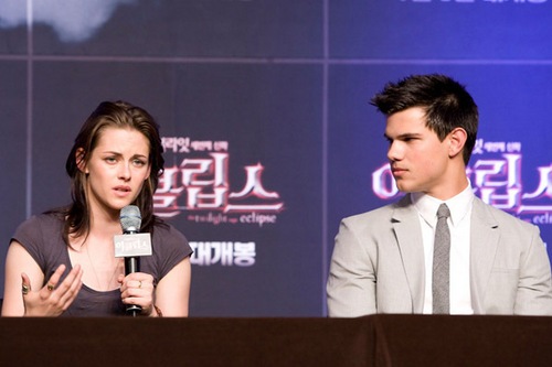"Korea Press Conference for ""Eclipse"", June 3, 2010"