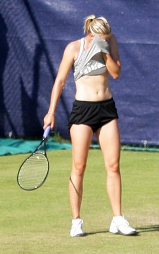 Maria Sharapova in Birmingham (June 3) - tennis Photo
