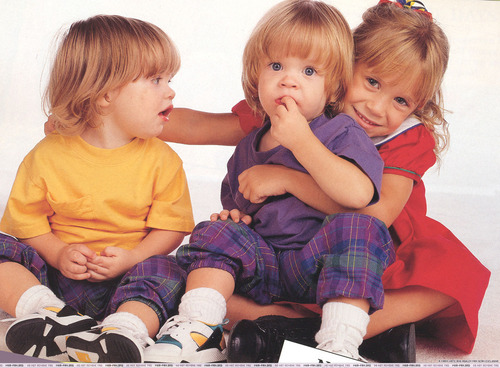 Michelle & The Twins - full-house Photo