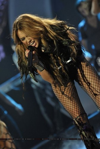 Miley Can't Be Tamed Live at Britain's got Talent