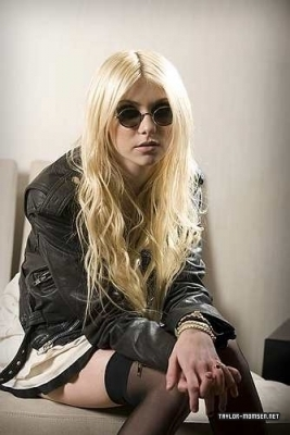Taylor & The Pretty Reckless