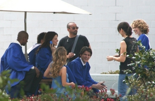 oth cast behind the scene