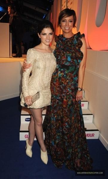 06.08.10: Glamour Women of the năm Awards - Inside