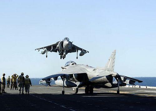 AV-8B harrier Lands On USS Essex