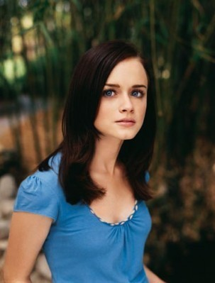 Alexis Bledel Season 4 promotional stills