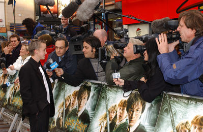 Appearances > 2002 > Harry Potter & The Chamber of Secrets : London Premier