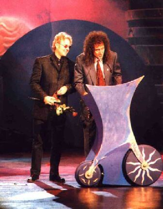 Brian and roger _Warsaw