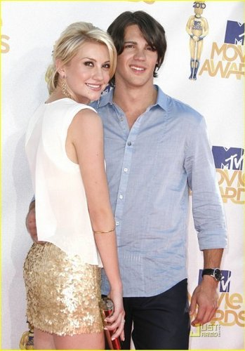 Chelsea Staub & Steven R. McQueen: mtv Movie Awards 2010