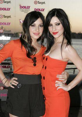 Dolly Teen Choice Awards Arrivals 2006