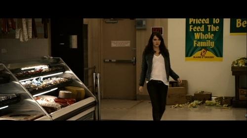Emma Stone پیپر وال titled Emma in Zombieland