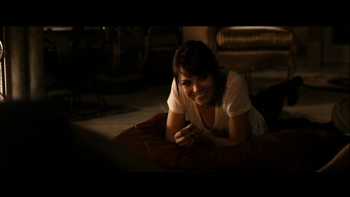 Emma Stone karatasi la kupamba ukuta titled Emma in Zombieland