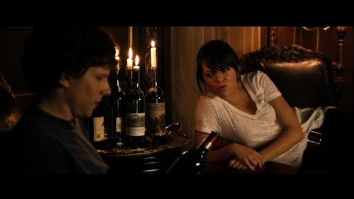 emma stone fondo de pantalla entitled Emma in Zombieland