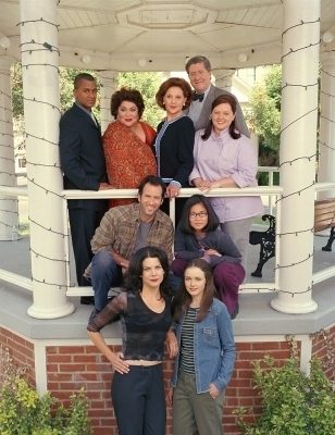 gilmore girls fondo de pantalla called Gilmore Girls Season 1 promotional stills