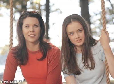 gilmore girls fondo de pantalla entitled Gilmore Girls Season 2 promotional stills