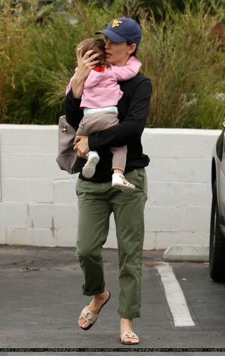 Jen and Seraphina out and about!