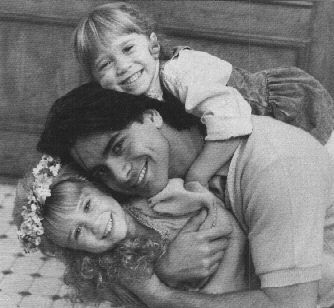 Mary-Kate & Ashley with Uncle Jesse (John Stamos)