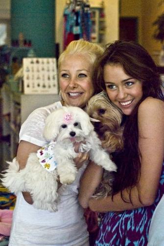 Miley Cyrus Rare 2010 :)