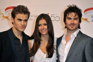 http://images2.fanpop.com/image/photos/12800000/Monte-Carlo-TV-Festival-Opening-Ceremony-damon-salvatore-12800033-320-212.jpg