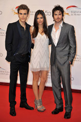 http://images2.fanpop.com/image/photos/12800000/Monte-Carlo-TV-Festival-Opening-Ceremony-damon-salvatore-12800034-159-240.jpg