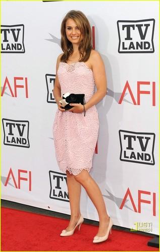 Natalie Portman: Pretty in Pink!