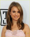 Natalie Portman: Pretty in Pink! - natalie-portman photo