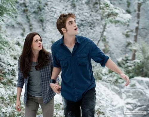 New 'Eclipse' Still: Kristen/Rob as Edward/Bella