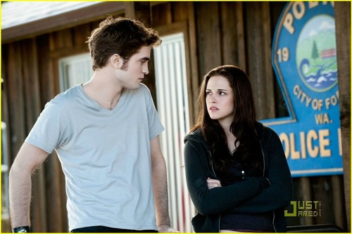 New 'Eclipse' Stills!