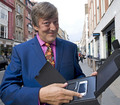 Nokia N97 - stephen-fry photo