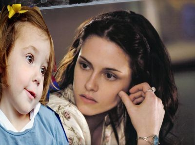 Renesmee and her Momma