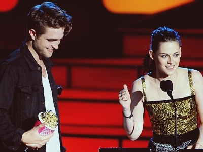Robert Pattinson & Kristen Stewart wallpaper titled Robsten