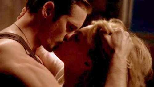 True Blood fond d'écran titled Sookie & Eric season 3