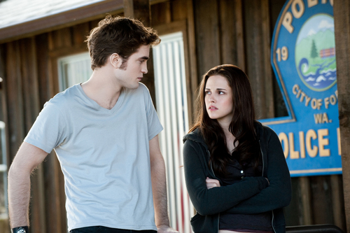 The 'Eclipse' stills  now in UHQ