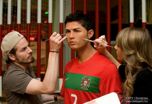 cristiano ronaldo statue at Madame Tussaud's Museum in 伦敦