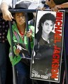 * MICHAEL JACKSON'S AWESOME FAN * - michael-jackson photo