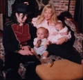 001. Photoshoots > 1998 > Paris, Prince,Debbie & Michael