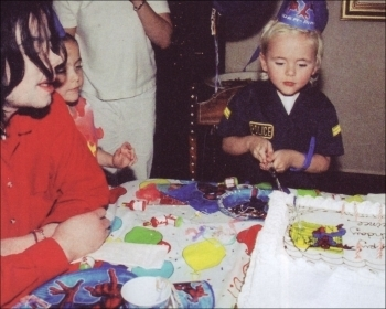 010. Private foto-foto > 2003 > Birthday from Prince