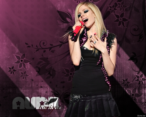 Avril cool walls <3