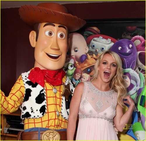 Britney Spears @ the Toy Story 3 Premiere ;)