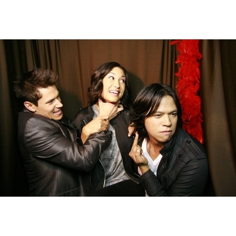 """Candid 사진 Fun with """"Twilight: Eclipse"""" Cast"""