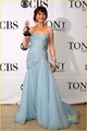 Catherine Zeta Jones Wins Tony, Sends In The Clonws