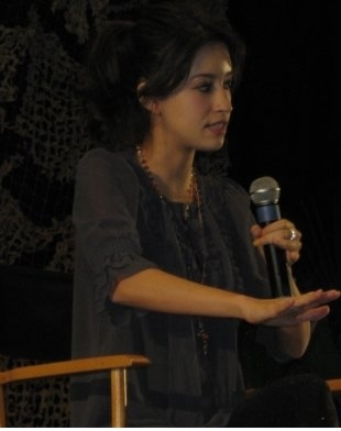Christian Serratos achtergrond entitled Christian at the Twi Tour