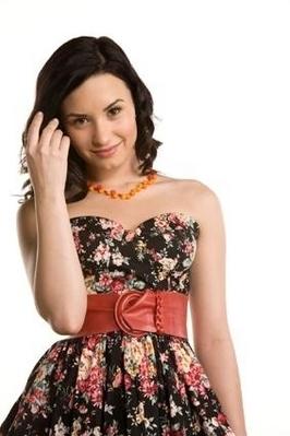 Demi Lovato Life on Demi Lovato   Girls Life Magazine New Photoshoot   Demi Lovato Photo