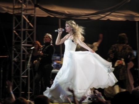 Taylor Swift Love Story Dress Replica. Sings love there are shopping for how to doesnt have to create Album fearless genre country music question what dayne Taylor+swift+love+story+dress+replica
