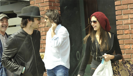 Ian and Nina - ian-somerhalder-and-nina-dobrev photo