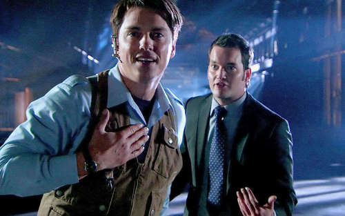 Jack&Ianto 2x12 picspam
