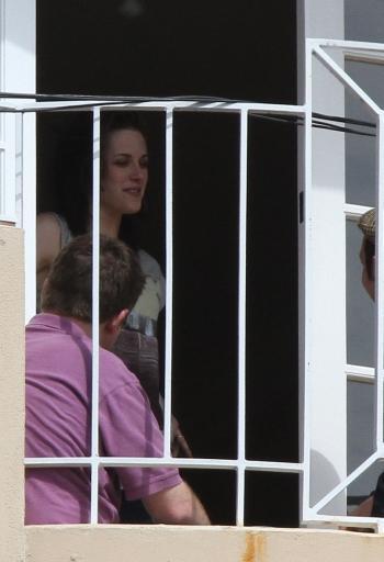 Kristen Stewart out on balcony